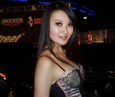 Cantik on Kecantikan Para Spg Indonesia   Www Focus Global Asia
