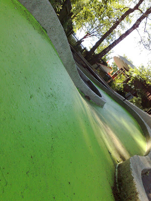coloured concrete, crazy golf