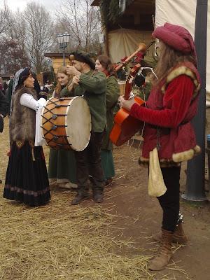 christmas market, mediaeval, musicians