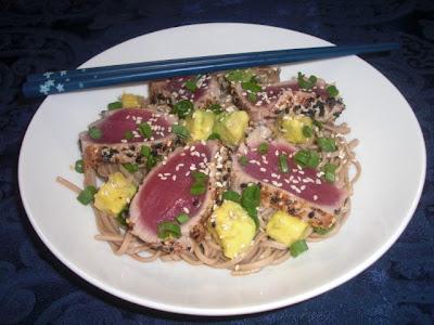Kahakai kitchen peppered ahi tuna on soba noodles with for Whole foods sushi grade fish