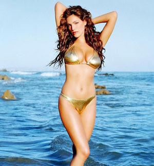 people compared sized models boney models extreme pictures curvy