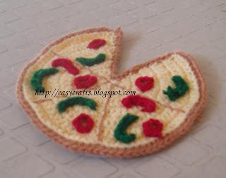 Crochet Pizza Scarf | Serious Eats