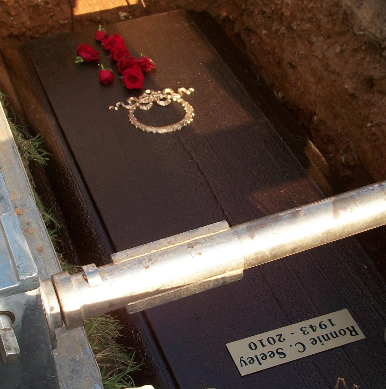 L.A. Times Travel - Official Site Kasandra perkins open casket pictures