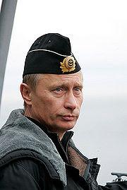 Vladimir Poutine à bord du croiseur nucléaire Pierre le Grand
