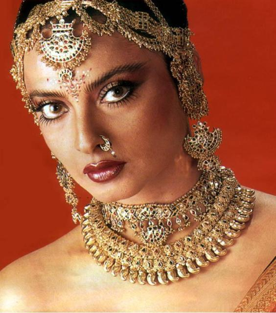 rekha wallpaper2B23 - Fifty Years of Seduction