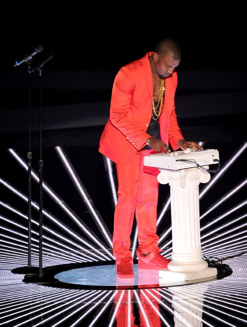 Kanye West, Runaway Outfit