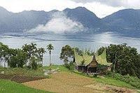 Danau Maninjau - www.jurukunci.net