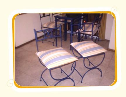 Herreria artistica sillas y mesas for Sillas para jardin de herreria