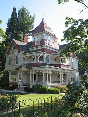 Victorian houses were built in