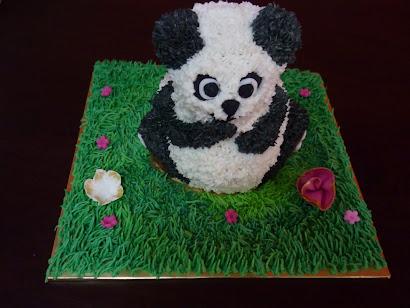 Mini Panda Cake