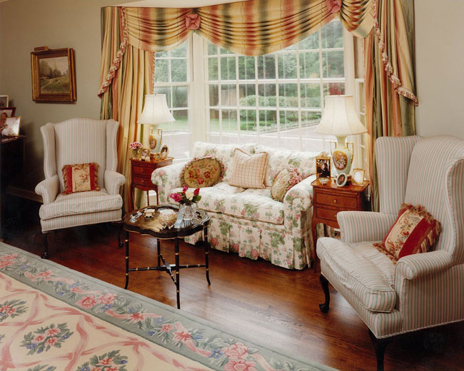 this is english style living room..i really wish to have like this one ...