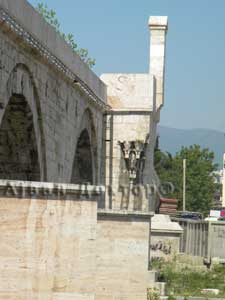 Камениот Мост