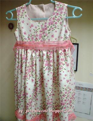 http://2.bp.blogspot.com/_sS9ul8ifzR0/STXbiKOKJiI/AAAAAAAACAs/ceUN9X1DMQQ/s400/dress2.jpg