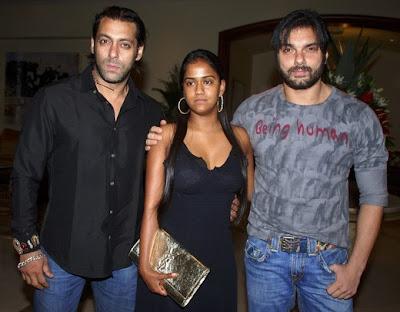 Salman Khan, Sohail Khan & Arpita Khan