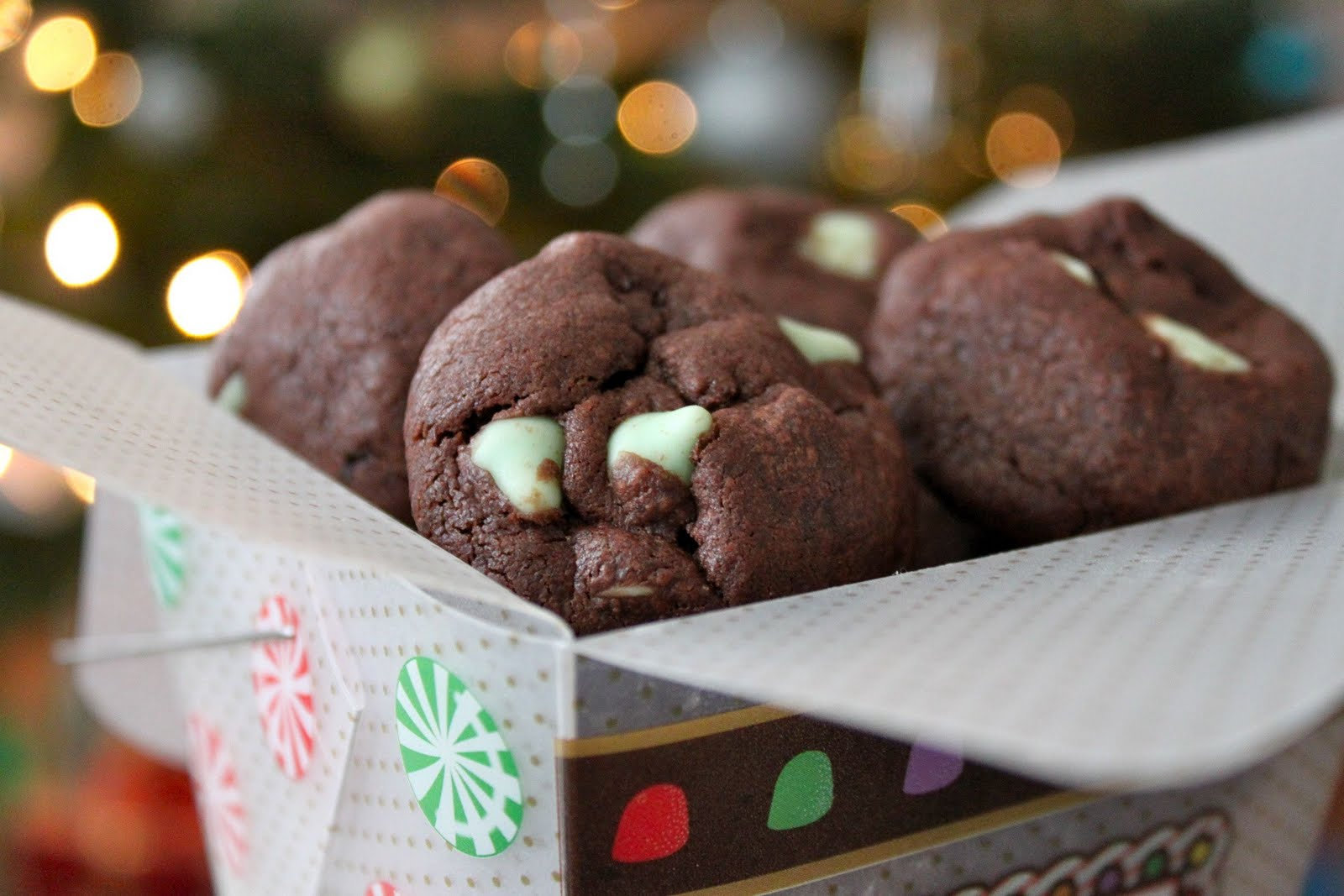 Baked Perfection: Mint Chocolate Delight Cookies
