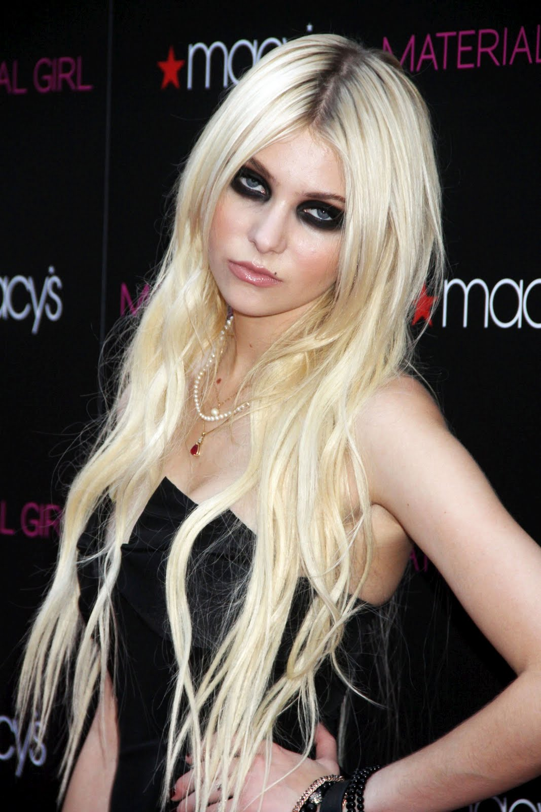 Taylor Momsen Material Girl Collection Launch