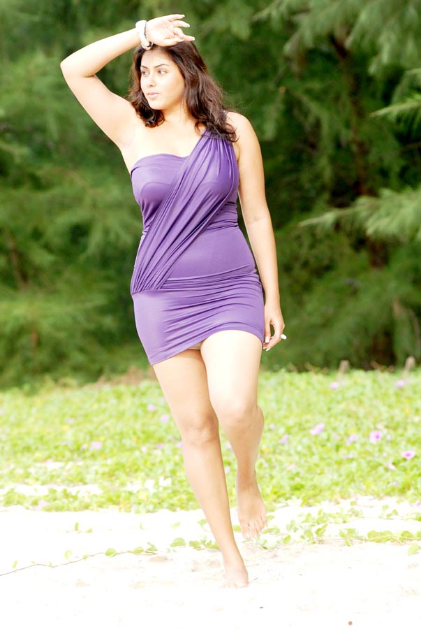 hot masala actress namitha latest hot pics
