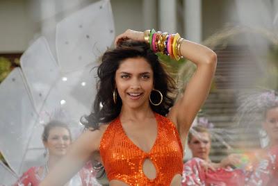hot bollywood masala actress deepika padukone hot dance for telugu song