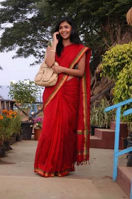 Dusky Beauty Kamalini Mukherjee in Saree Stills