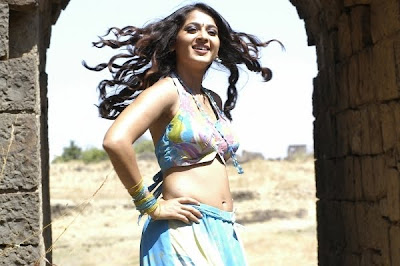 anushka hot latest images
