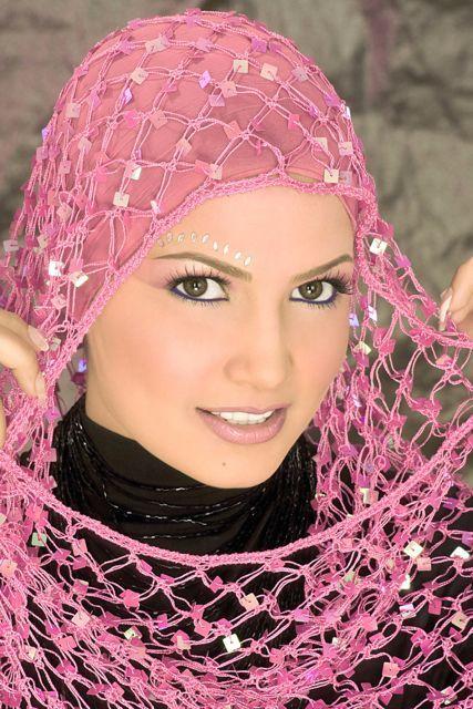 لفات طرح 2012 لاحلى عرايس فيكى يامصر؟؟؟؟؟؟؟؟؟