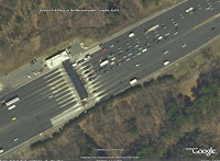 Mass Pike I-84 toll plaza, from Google Earth