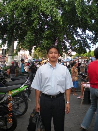 Dari Yogjakarta, Indonesia.