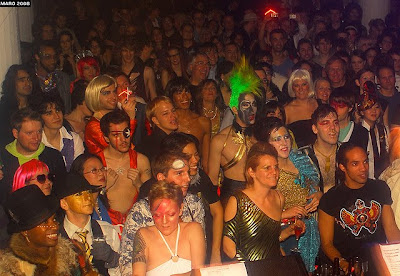 bowie ball crowd shot