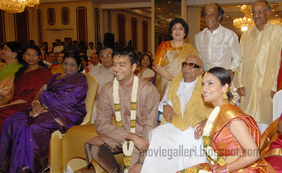 [soundarya-Rajinikanth-Engagement-Photos-02.jpg]