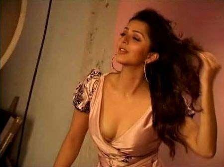 [Bhumika+Chawla+hot+sexy+stills+02.jpg]