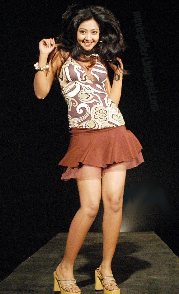 Kannada Actress Aindrita Ray Hot Spicy Stills