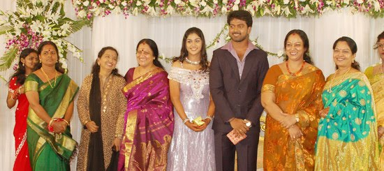 [Actor_Vikranth_Manasa_Wedding_Reception_Stills_Pictures_Photo_Gallery_Images_07.jpg]