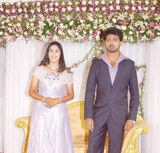 [Actor_Vikranth_Manasa_Wedding_Reception_Stills_Pictures_Photo_Gallery_Images_01.jpg]