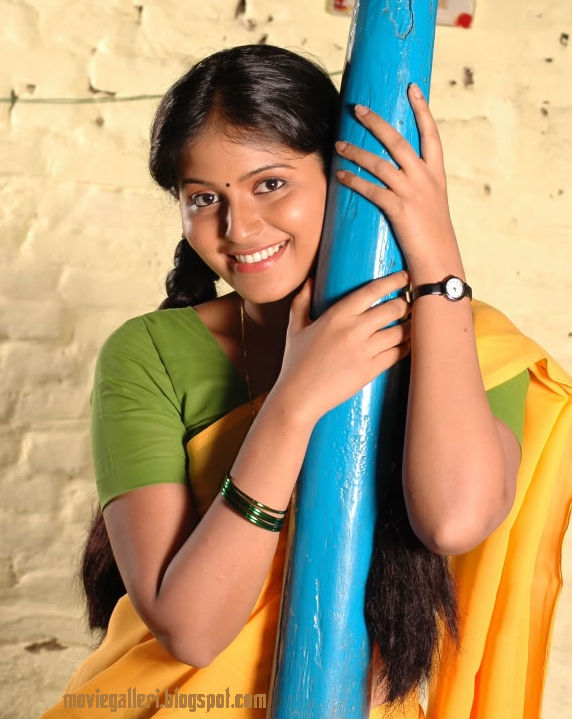 [magizhchi-movie-actress-anjali-stills-pictures-images-photo-gallery-01.jpg]