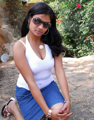 telugu actress hot. Telugu Actress Divya Hot Spicy