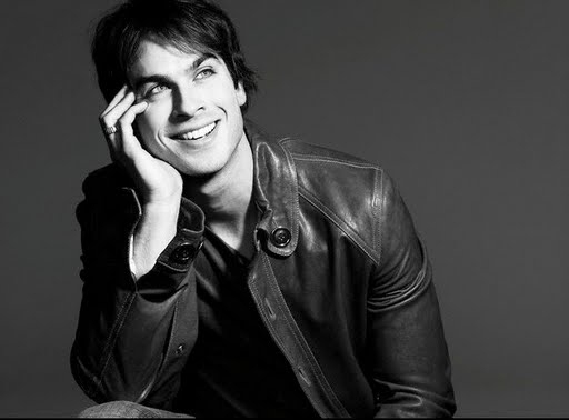 JAMES E.L. - FIFTY SHADES - Tome 1 : Cinquante nuances de Grey - Page 9 Ian-somerhalder-photograph