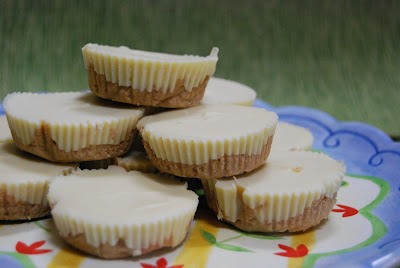 White Chocolate Peanut Butter Cups - Macaroni and Cheesecake
