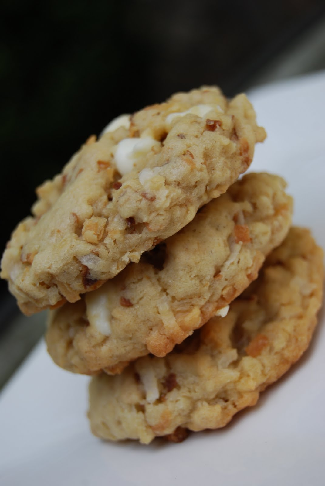 Oatmeal White Chocolate Lime Coconut Cookies - Macaroni and Cheesecake
