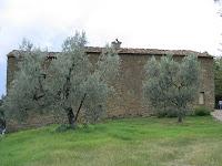 Leonardo Da Vincin syntymäkodiksi väitetty rakennus Vincin kylän lähellä