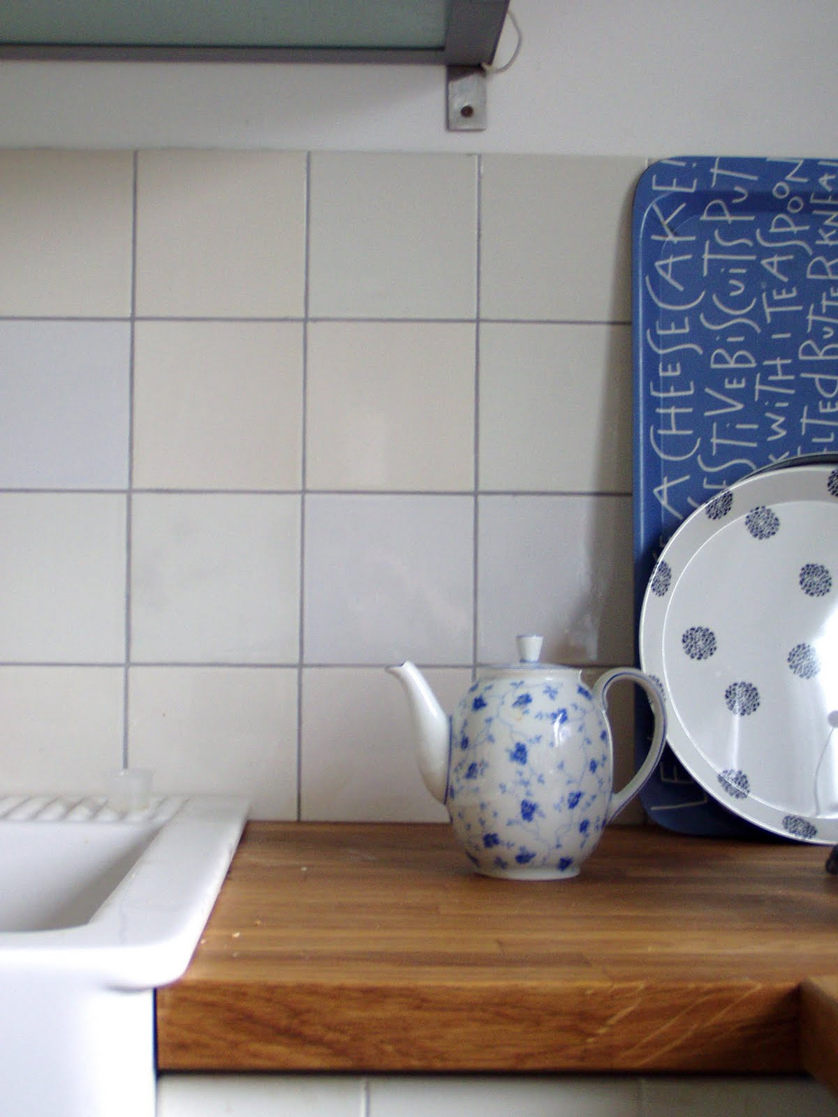 sewing addicted naehsucht unser haus erste eindr cke. Black Bedroom Furniture Sets. Home Design Ideas