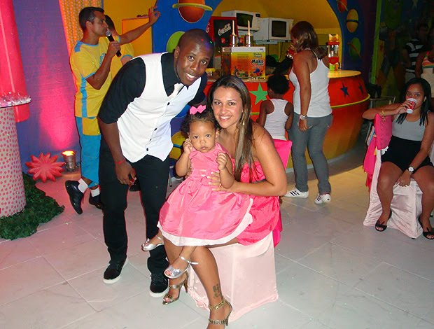 Toró na festa sua filha Manuella