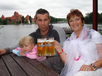 piliśmy piwo pod zamkiem trockim