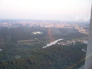 Wilia rzeka płynąca przez Wilno, widok z wieży telewizyjnej