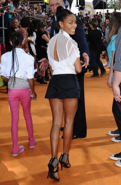 Jada Pinkett Smith Rocks Sexy Short Shorts To The 2010 Kids' Choice