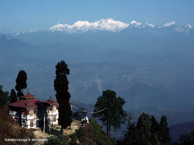 kanchenjuga from darjeeling