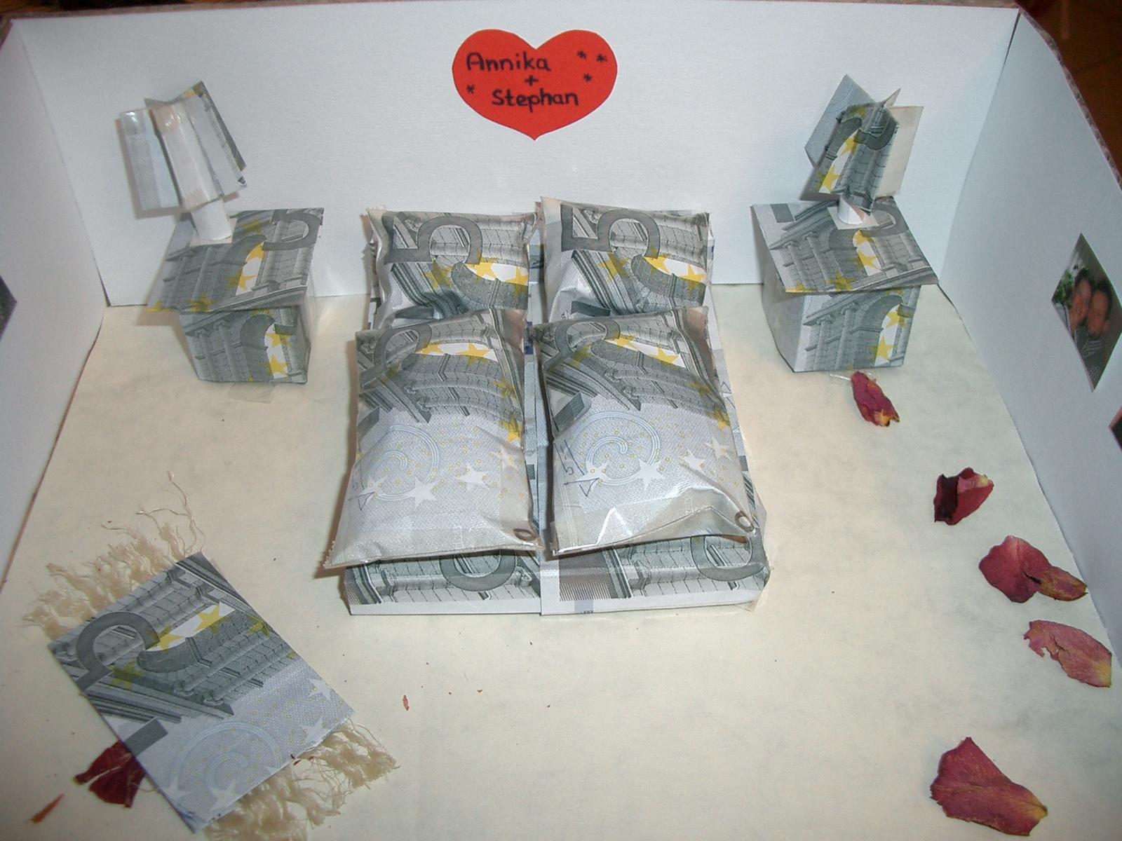Schlafzimmer Aus Geld Basteln : Fandi: Esküvői handmade ajándékok