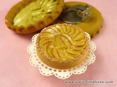 Miniature Apple Tart Earrings - Paris Miniatures