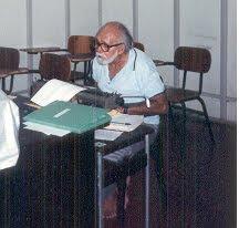 Tofe e sua máquina ... (09-11-1929 / 20-08-2002)