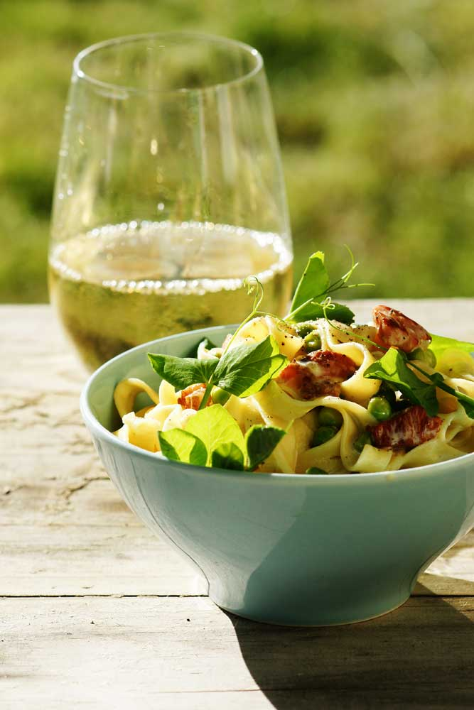 Just Cook It: Summer Food: Tagliatelle with peas and bacon