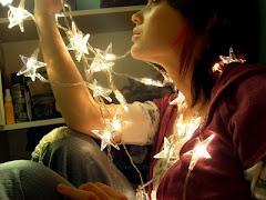 Pinte estrelas no muro, e terá o céu, ao alcance das mãos.